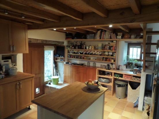 Barn kitchen 2