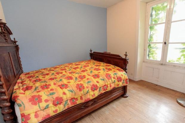 Bedroom 2 to front