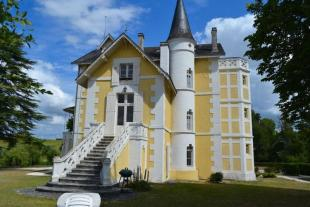 13 bed home for sale in South West France