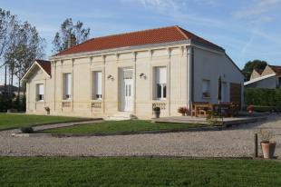 Stone House in Secteur: Blaye, Gironde for sale