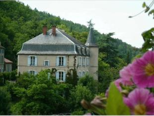Character Property in Secteur: Albas, Lot