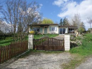 Bungalow for sale in Proche /Near Gourdon, Lot