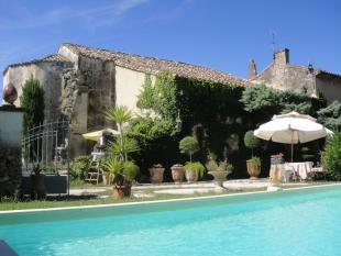 Character Property for sale in Proche / Near Saint Remy...