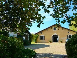 Manor House in Proche/Near Pouillon for sale