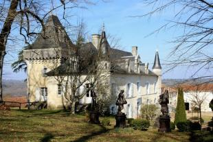 Proche / Near Perigueux house
