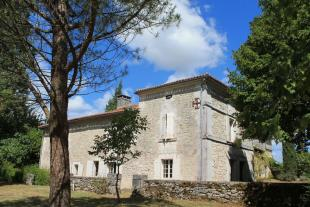 Character Property in Secteur: Cherval...