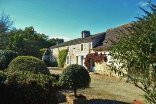 Manor House in Secteur:...