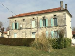 Country House in Secteur: La-Tour-Blanche...