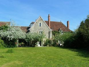 Manor House for sale in Secteur: Le Blanc, Indre
