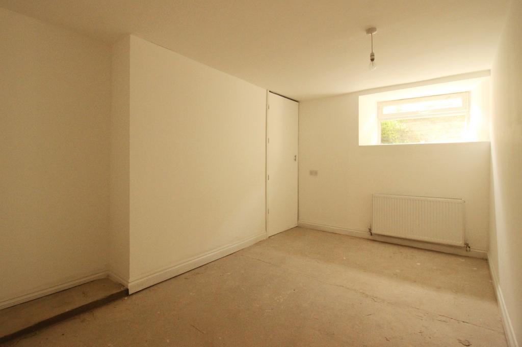 Basement flat Double Bedroom.