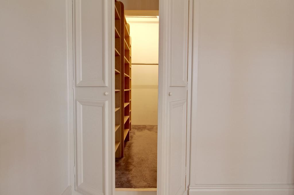 Dressing Room (Bedroom 1)