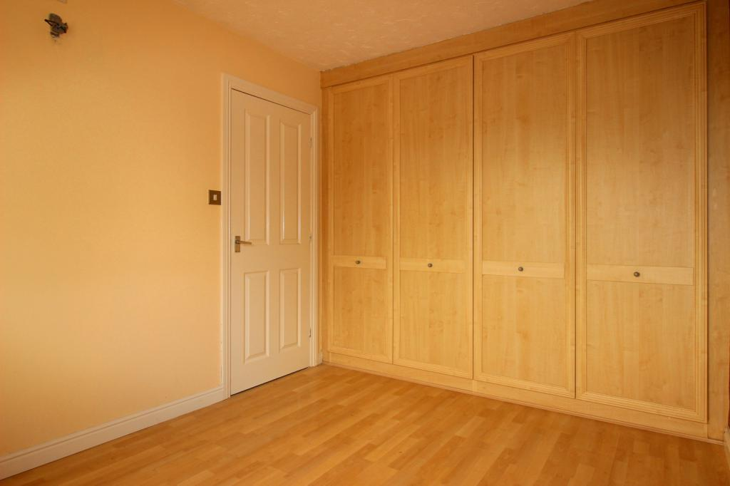 Fitted wardrobes to bedroom 1