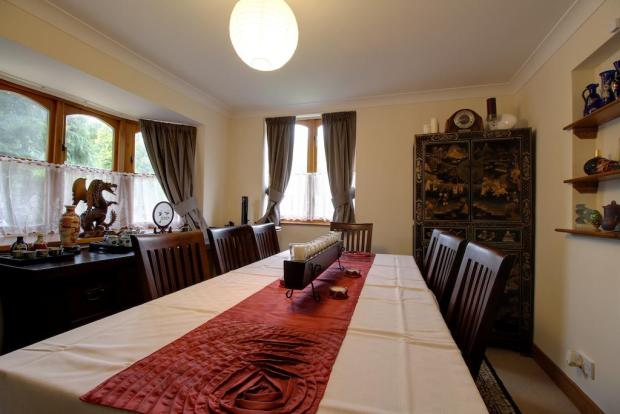 Dining room / Bedroom 2