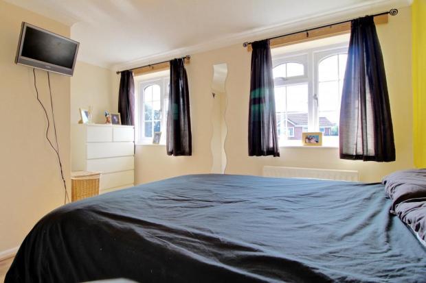 Bedroom 1 (Reverse)