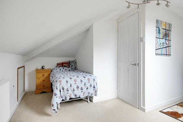 Bedroom 4 (Single with Ensuite)