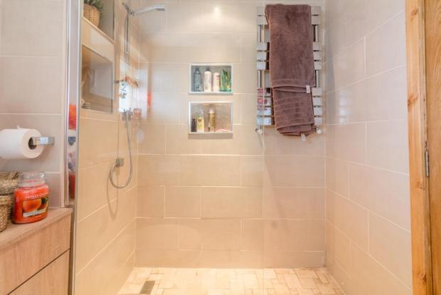 Bathroom (Wetroom Shower Area)