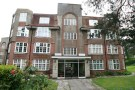 3 bedroom Flat in Vale Road, Bournemouth