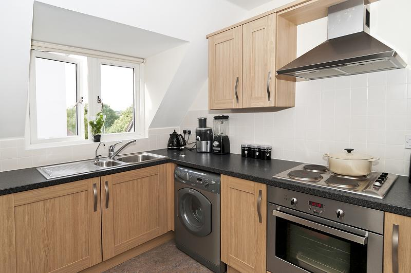 Kitchen (Main)