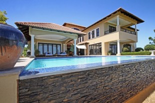 4 bedroom home in Western Cape...