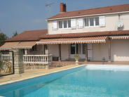 3 bed house in lucon, , France