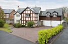 5 bed Detached house in Mill Pool Place...