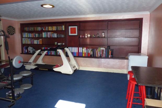 Office/gym/studio