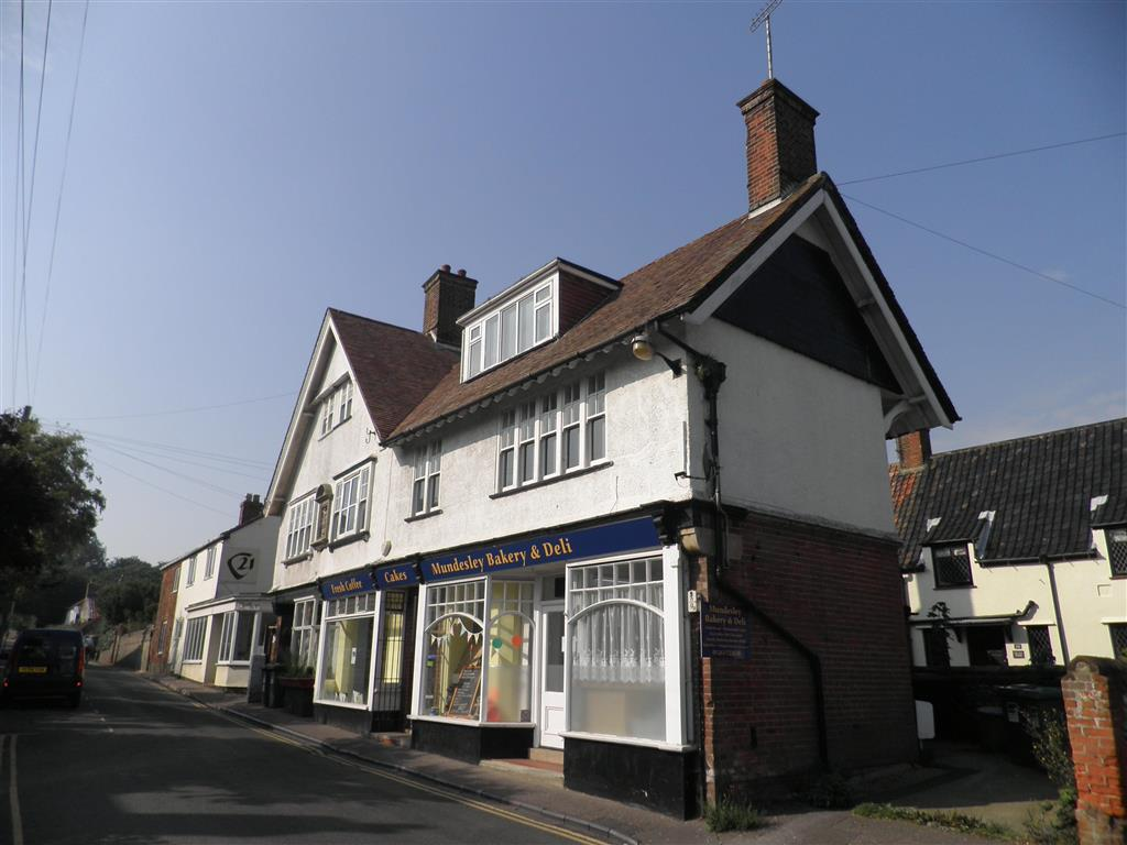 3 Bedroom Maisonette To Rent In High Street Mundesley
