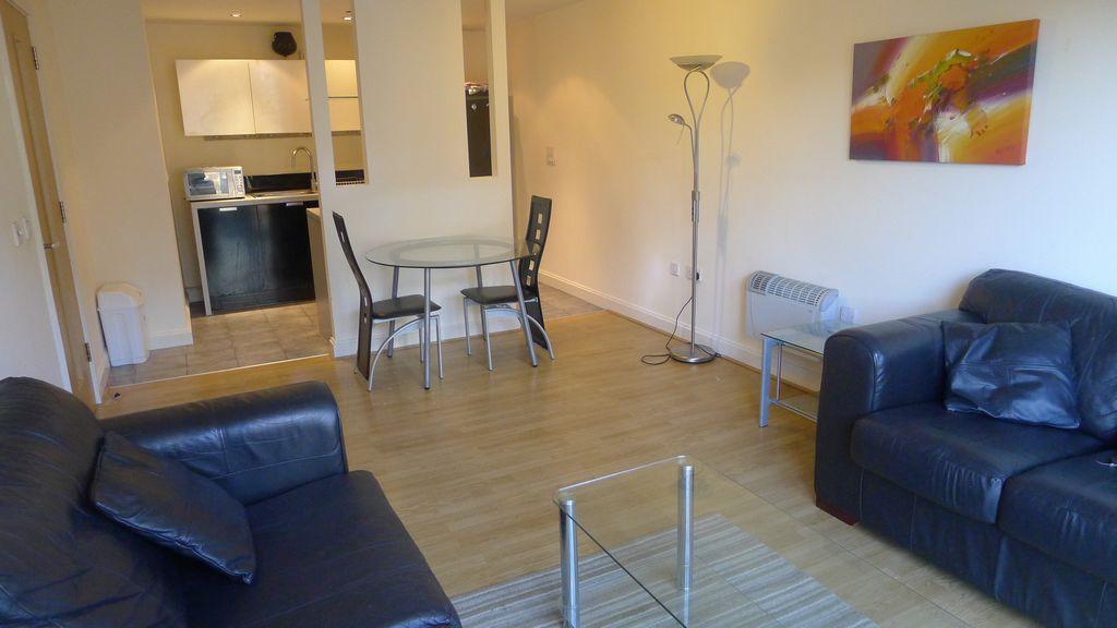 1 Bedroom Apartment To Rent In Southside St Johns Walk Birmingham B5 B5