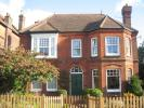 Apartment to rent in Farncombe, Godalming, GU7