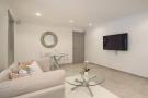 Bedroom 5 (Lounge)