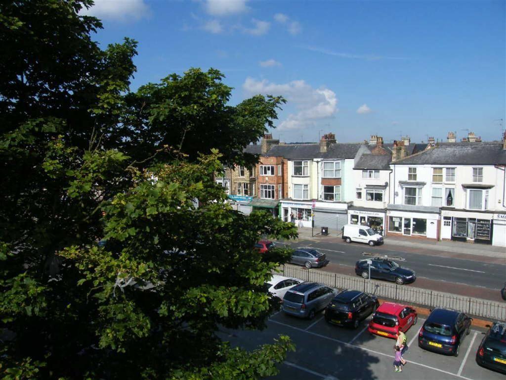 1 Bedroom Flat For Sale In Bayside Bridlington East