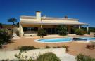 4 bedroom Villa in Bensafrim, Algarve...