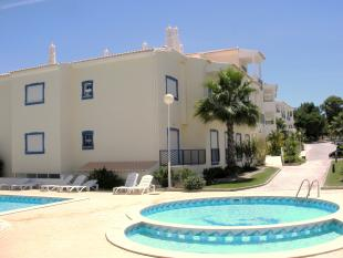 Apartment for sale in Olhos De Agua, Algarve...
