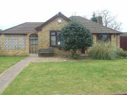 3 bedroom Detached Bungalow to rent in Hatfield Lane...
