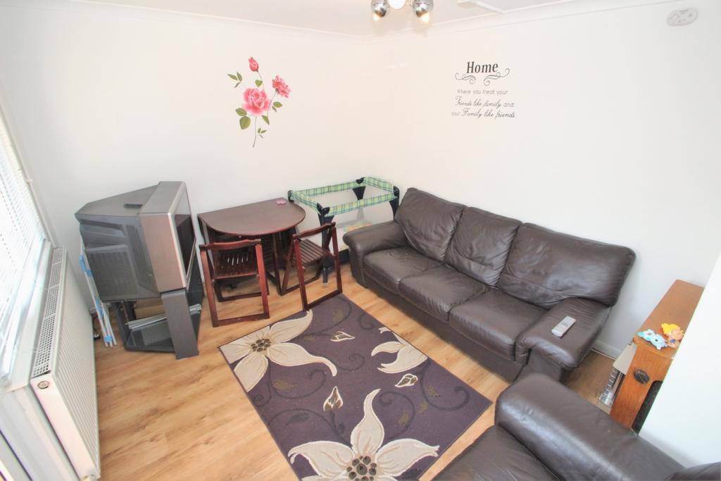 4 bedroom maisonette for sale in snakes lane woodford 4 bedroom maisonette