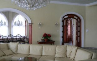 5 bed Detached property for sale in Pest, Di�sd