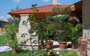 5 bedroom Detached house for sale in Pest, Mogyord