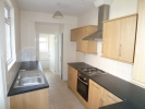 3 bed Terraced house to rent in Cardiff Road, Reading