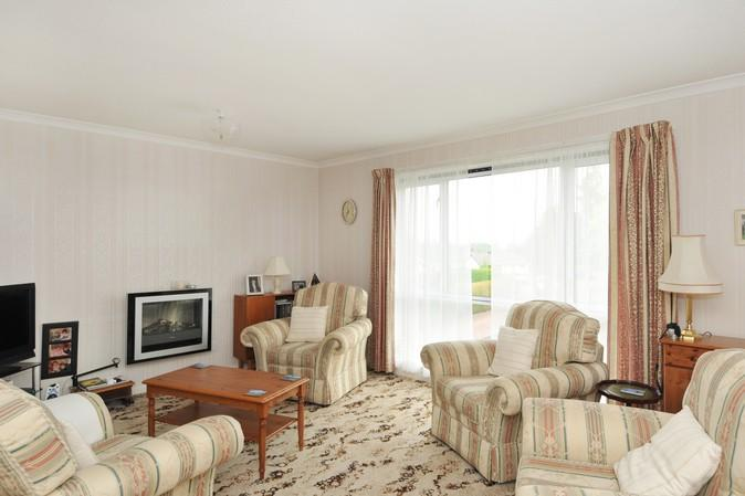 2702_sitting room .jpg