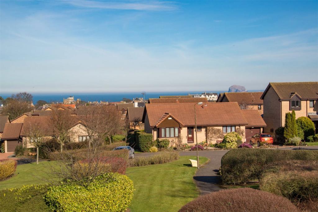 Detached Properties For Sale In Berwick