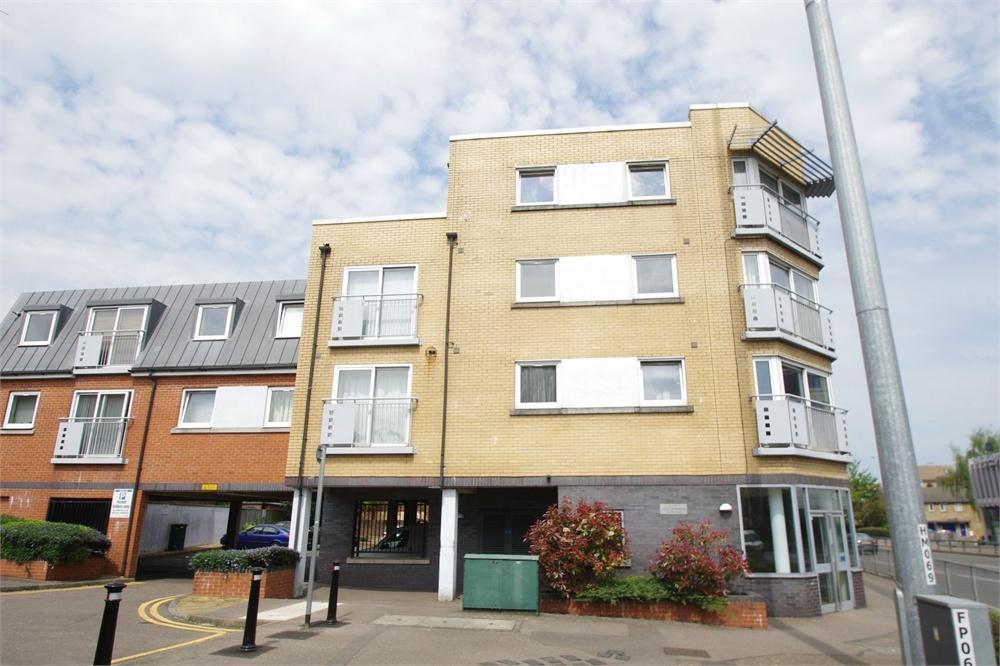 2 Bedroom Apartments Malden Ma 15 Arlington St Malden Ma 02148 Rentals Malden Ma