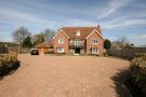 5 bedroom Detached property to rent in Newmarket