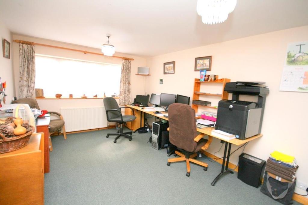 Annexe Bedroom/Study