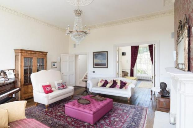 internal shot of 2 cavendish cresent marketed with Pritchards Estate Agents Bath