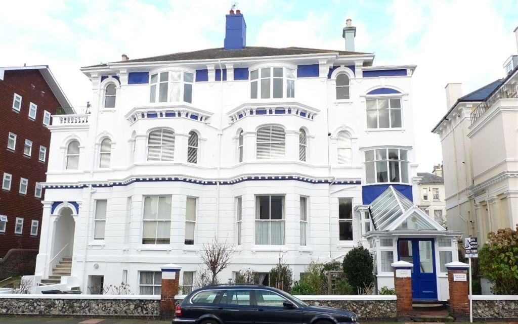 2 Bedroom Apartment For Sale In Burlington Place Eastbourne Bn21