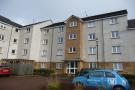 2 bedroom Flat in Gullion Park...