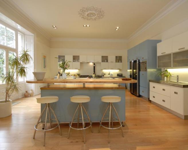 Breakfast bar kitchen design ideas photos inspiration for Kitchen ideas rightmove