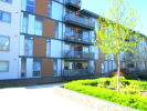 2 bed Ground Flat for sale in Commonwealth Drive...