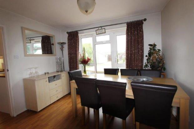 Sep.Dining room