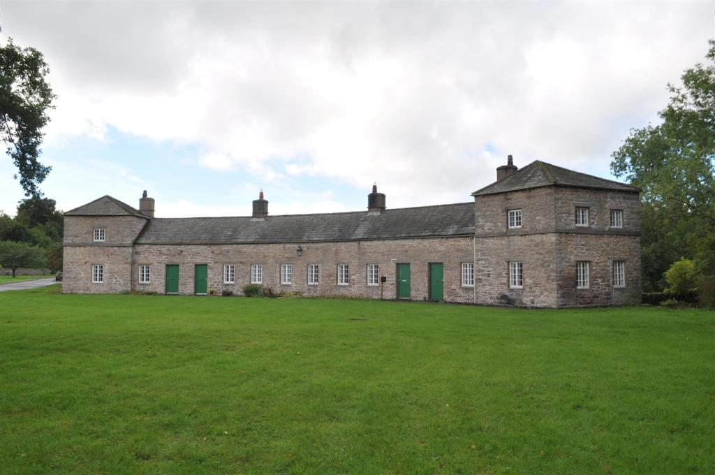 Lowther Village Terr